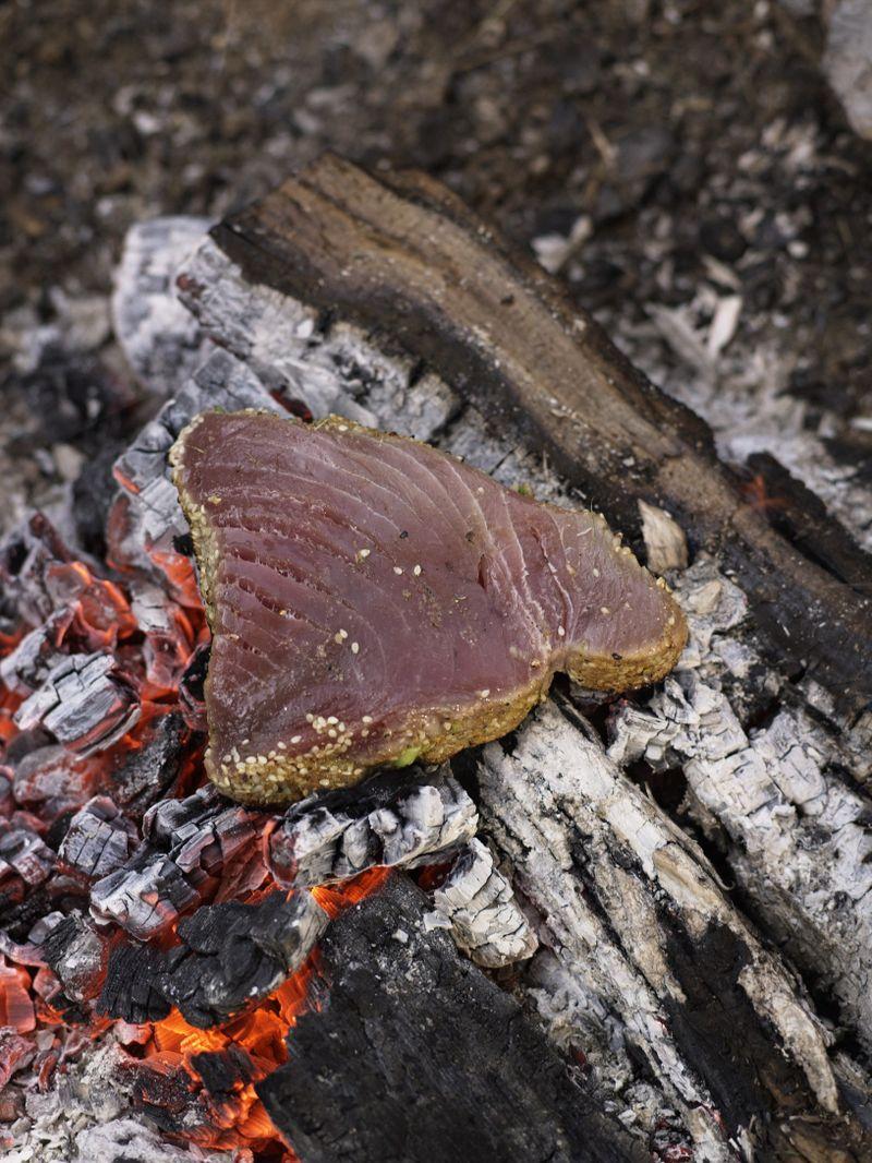 Tuna in coals